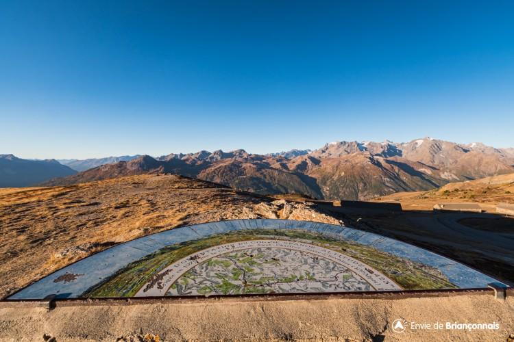 Table d'orientation / Panoramique du Granon